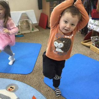 baby-yoga-classes-ksps4